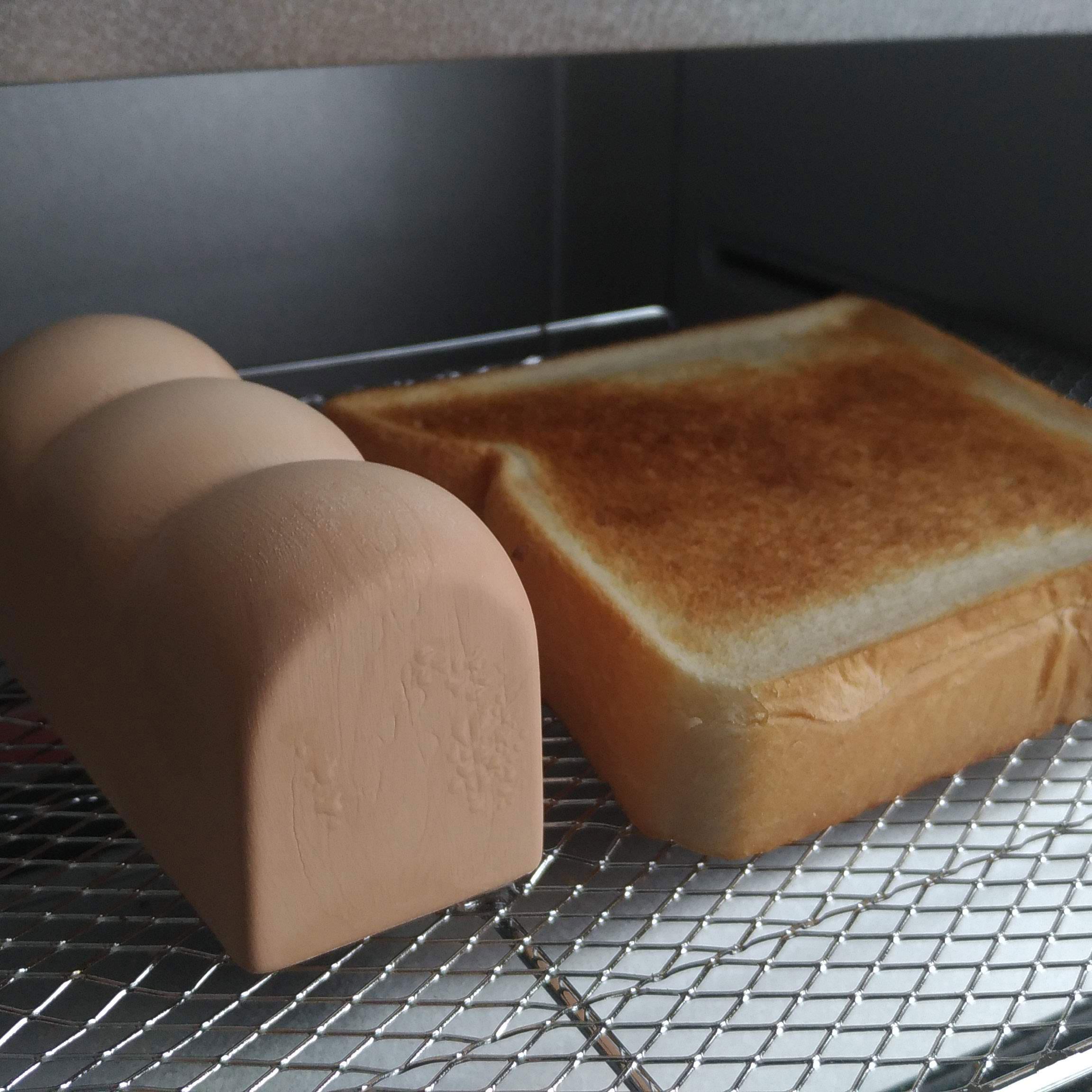 トーストスチーマーでトーストを焼いた直後